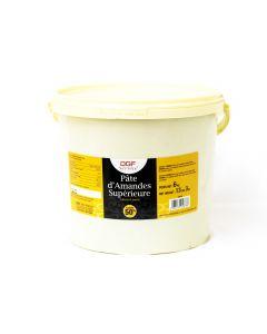 Parí Pasta de Almendra Superior 50% Cubeta 6 Kg.